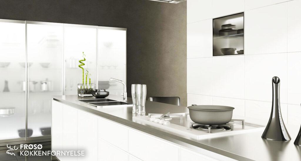 Frøsø_W00048 hvidt køkken