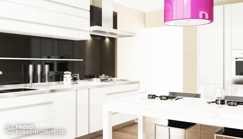 Frøsø hvidt køkken
